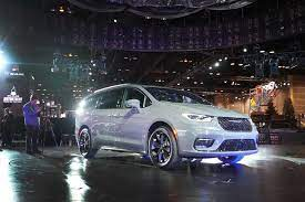 It is unrelated to the discontinued crossover and concept vehicles by the same name, and replaced the chrysler town & country for the 2017 model year. The Most Common Chrysler Pacifica Problems You Should Know About