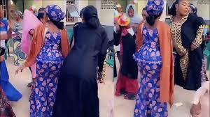 Read more www.rawar iskanci yanmata a makaranta : Sabuwar Rawar Gwatso By Billy Sweety Vlog