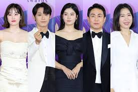 Baeksang yesul daesang), also known as the paeksang arts awards, are awards for excellence in film, television and theatre in south korea. All The Winners At The 57th Baeksang Arts Awards Clickthecity