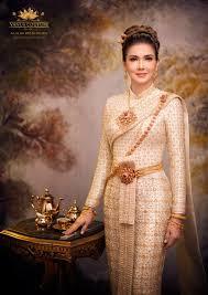 แอน สิเรียม สวยสง่าในชุดไทย เหมือนย้อนยุคไปในทวิภพ
