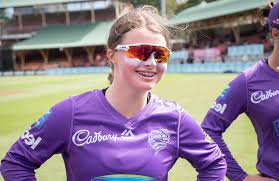 Announcing Amy: Teen spinner making a splash in the Big Bash    cricket.com.au