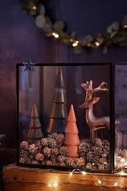Ein Weihnachtlicher Hingucker Auf Dem Esstisch Oder Auf Der