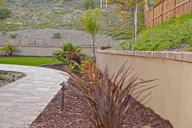 stucco retaining wall brick cap