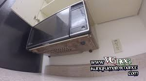 Ge Under Cabinet Microwave Easy Way How To Take Down Or Mount Under The Cabinet Counter Top