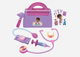 My niece loved the Doc McStuffins doctors kit I got her for 4th birthday. What is Best Gift to Get a 4 Year Old Girl Her Birthday?