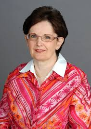 McDermott-Wells, Patricia | Knight Foundation School of Computing ...