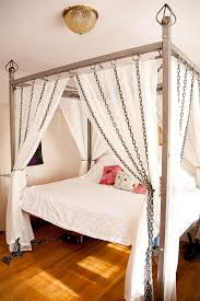 Picture Of chain canopy bed is a unique solution for industrial ...