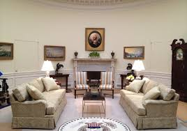 oval office fireplace. House Of Cards Moulding On TV Oval Office Fireplace