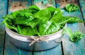Voedingscentrum - is een zak van 200 gram verse spinazie