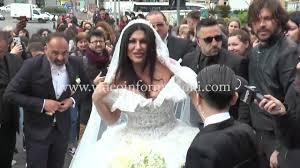 Il matrimonio di Tony Colombo e Tina Rispoli, a Napoli traffico bloccato,  cavalli bianchi