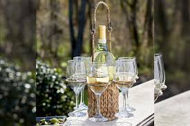 10 spill proof ways to drink wine outside this summer