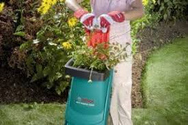 garden shredder. Bosch AXT Rapid 2200 Blade Garden Shredder Pushing Down