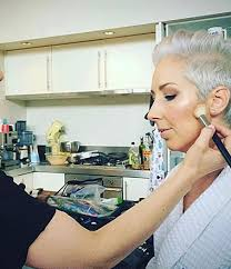 mums on the go makeup lessons