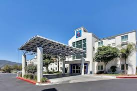 hotels in gilroy california