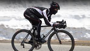 「自転車服装」の画像検索結果