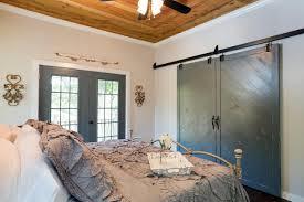 Exceptional 10: Fresh Paint. Master Bedroom With Barn Door Closet