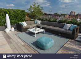Image Glass Railing Roof Luxurious Roof Terrace In London With Hardwood Timber Decking Contemporary Planters With Lush Planting And Modern Outdoor Furniture Alamy Luxurious Roof Terrace In London With Hardwood Timber Decking Stock