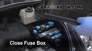 replace a fuse toyota sienna toyota sienna le 6 replace cover secure the cover and test component