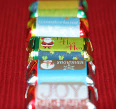 Step by step tutorial on how to use ms word to create custom candy bar wrapper for to fit any theme of any, anniversary, birthday, wedding, shower or party. Christmas Crafts Goodie Bags