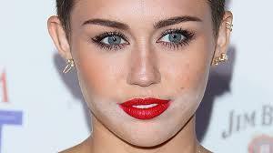 12 worst celebrity powder flashback makeup fails of all time