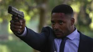 Duane Henry - Internet Movie Firearms Database - Guns in Movies, TV and  Video Games