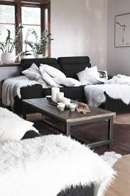 Living Room Black Sofa 25 Best Ideas About Black Couches On Pinterest Black Couch
