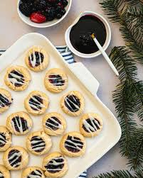 Swanky recipes has compiled 25 best christmas cookie recipes. 10 Best Healthy Christmas Cookies A Couple Cooks