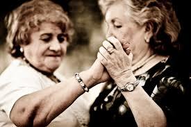 Танцы для пожилых людей Интернет издание Стихия танца  Праздник это то что доставляет радость Так почему бы нам не сделать его нормой жизни У пожилых людей для этого преград практически нет