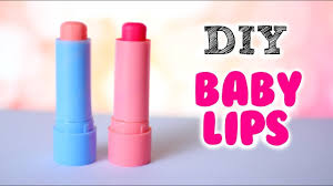 how to make lip balm without beeswax easy diy fashioe
