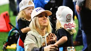 Matt stafford's wife is pissed again. Kelly Stafford Expecting 4th Child Less Than A Year After Brain Surgery