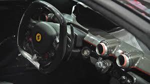 2017-Ferrari-LaFerrari-Aperta-Interior-02  O
