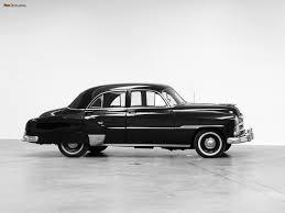 Styleline DeLuxe 4-door Sedan 1951 photos