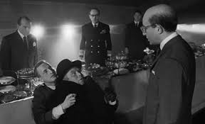 dr strangelove or how i learned to stop worrying and love the  dr strangelove no fighting in the war room