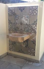 Zoccolo Esterno In Pietra : Idee su lavello da giardino