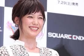 本田翼生まれて初めてのティアラ姿に絶賛コメント続々こんな美しい姫