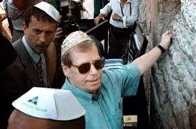 Diskuse Zpravodaj Hlasu Ameriky Havel Se Dostal Na Hrad