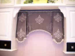 Kitchen Window Dressing 17 Best Images About Window Valances And Top Treatments On