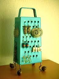 grater earring holder