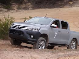toyota hilux 2018 japon. perfect toyota to toyota hilux 2018 japon