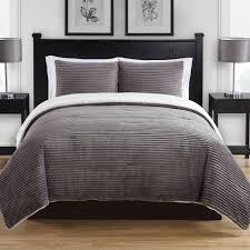 contemporary comforter set