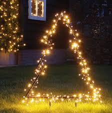 Verlichte Kerstboom Voor In De Tuin 75cm Hoog 175 Led Lampjes