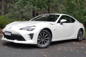 Toyota 86 GT manual 2017 review | CarsGuide