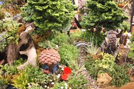 Lawn & Garden:Creative Ideas For Creating Sculptures Garden Art Creative  Fairy Garden Design Ideas
