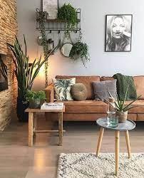 be home decor er than retail