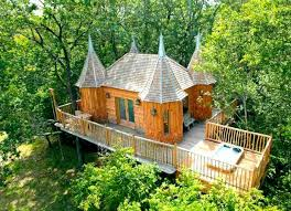 Airbnb Treehouses For Rent  Business InsiderCoolest Tree Houses