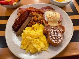 """REVIEW: The New """"Wave Feast"""" is Almost Better Than the Breakfast Buffet at  Disney's Contemporary Resort - WDW News Today"""