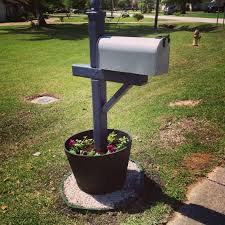 landscaping around mailbox post. Simply SARAHdipity: April 2013 Landscaping Around Mailbox Post P