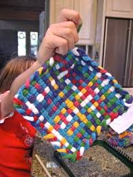 Potholder Loom Patterns Extraordinary Unplug Your Kids Removing A Potholder From A Loom
