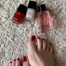 足のネイルは赤が好き Instagram Posts Gramhanet