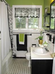 Black And White Tile Bathroom Decorating Ideas Black And White ...